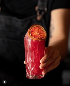 cocktail-show-cocktails-premium